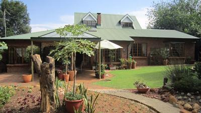 Property For Sale in Linden, Johannesburg