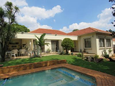 Property For Sale in Greenside, Johannesburg