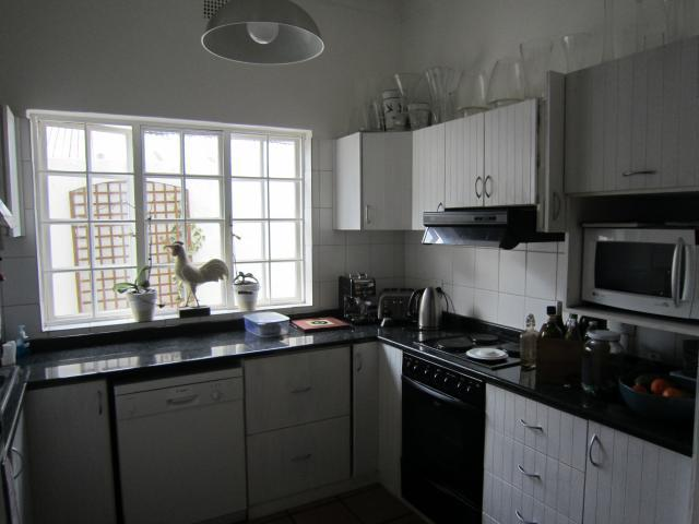 Property For Sale in Melville, Johannesburg 9