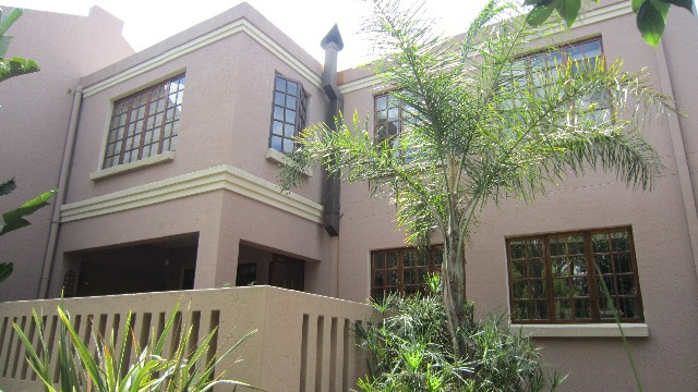Property For Sale in Linden, Johannesburg 4