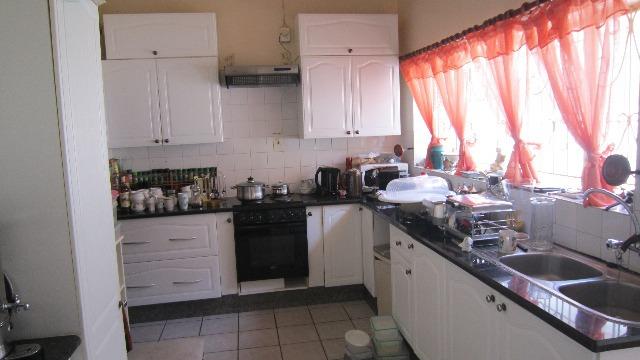 Property For Sale in Roosevelt Park, Johannesburg 4