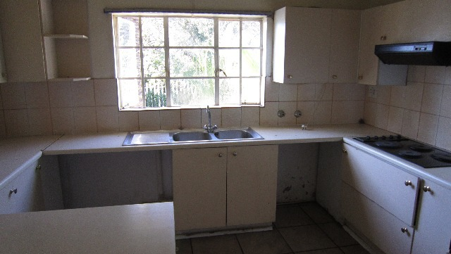 Property For Sale in Melville, Johannesburg 11