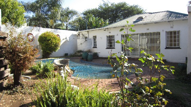 Property For Sale in Melville, Johannesburg 19
