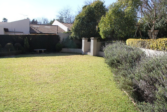 Property For Sale in Craighall, Johannesburg 19