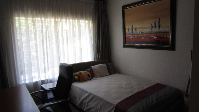 Property For Sale in Victory Park, Johannesburg 11