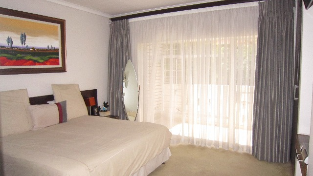 Property For Sale in Victory Park, Johannesburg 13