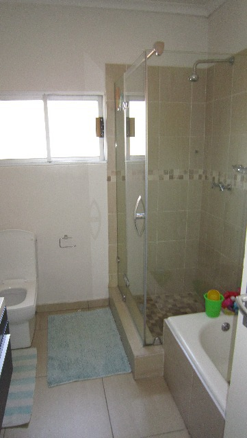 Property For Sale in Victory Park, Johannesburg 14