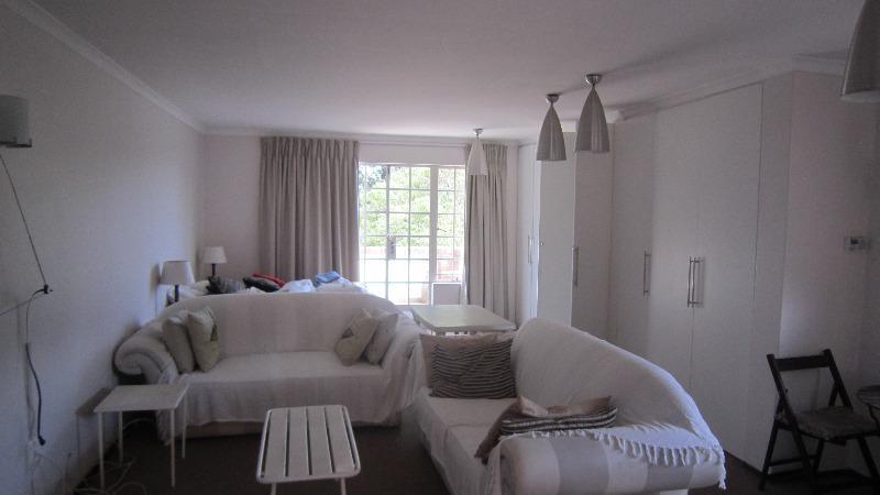 Property For Sale in Emmarentia, Johannesburg 16