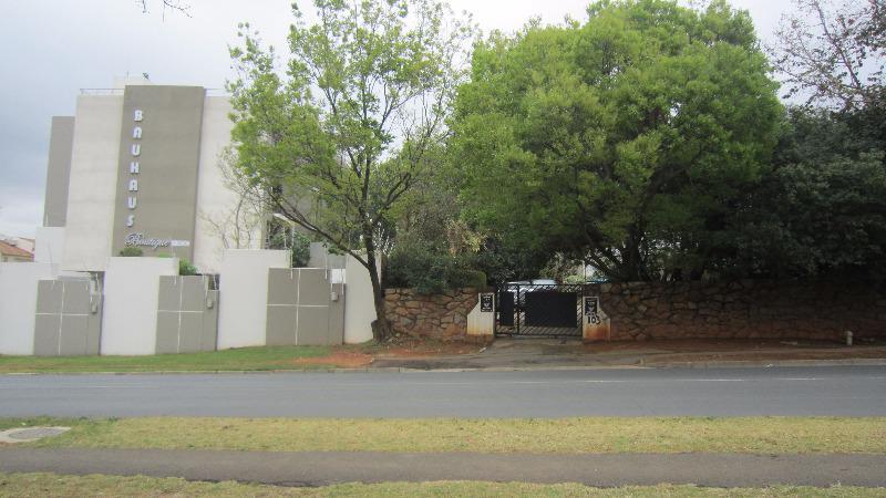 Property For Sale in Elton Hill, Johannesburg 6