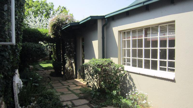 Property For Rent in Auckland Park, Johannesburg 9