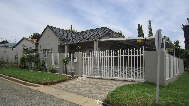 Property For Sale in Greymont, Johannesburg 2