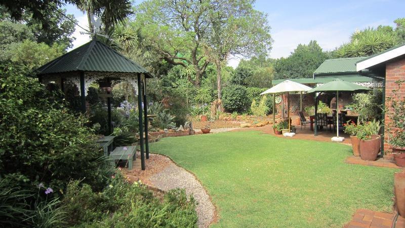 Property For Sale in Linden, Johannesburg 10
