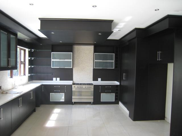 Property For Sale in Emmarentia, Johannesburg 8