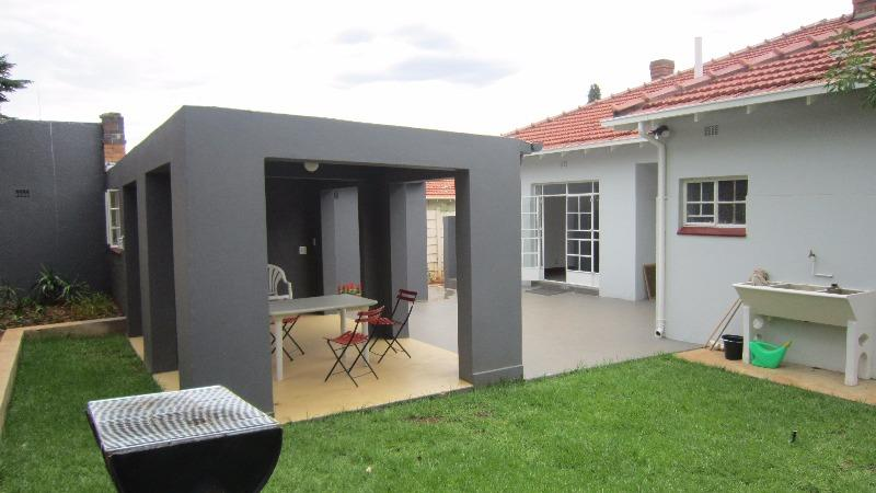 Property For Rent in Parkview, Johannesburg 15