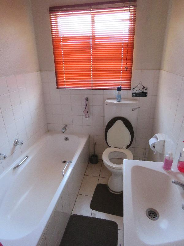 Property For Sale in Sophiatown, Johannesburg 5