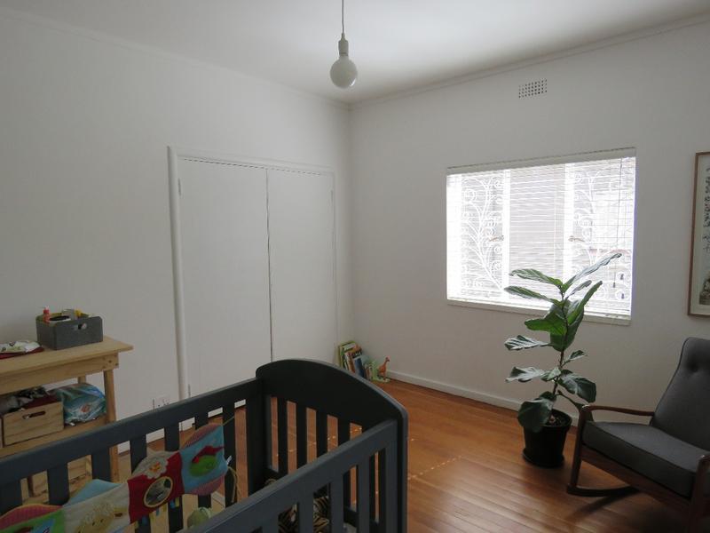 Property For Sale in Greenside, Johannesburg 13