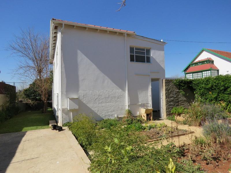 Property For Sale in Greenside, Johannesburg 20