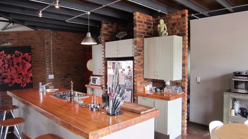 Property For Rent in Braamfontein, Johannesburg 9