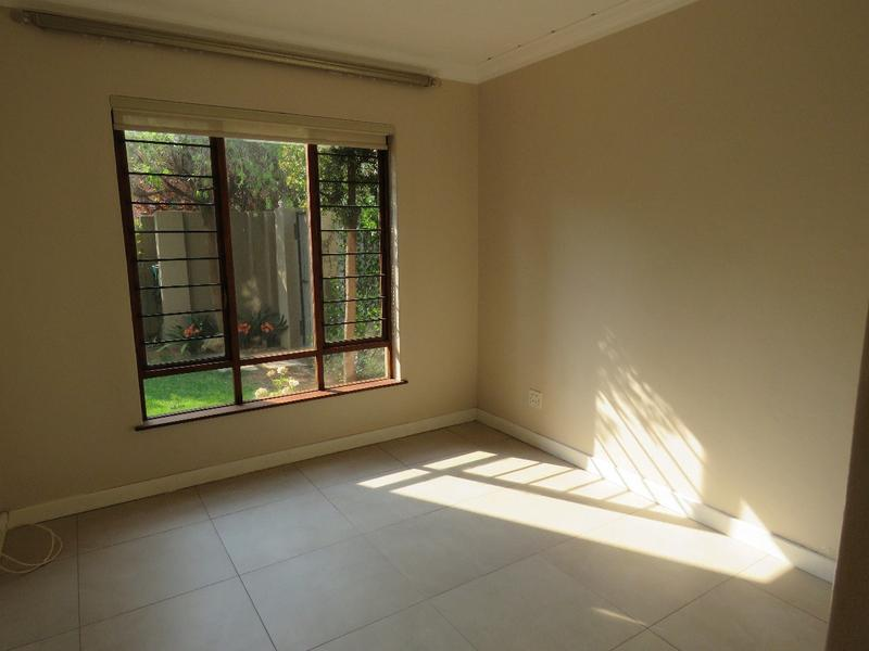 Property For Rent in Craighall Park, Johannesburg 14