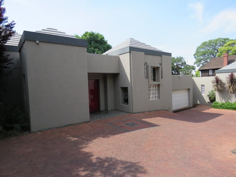 Property For Rent in Westcliff, Johannesburg 4