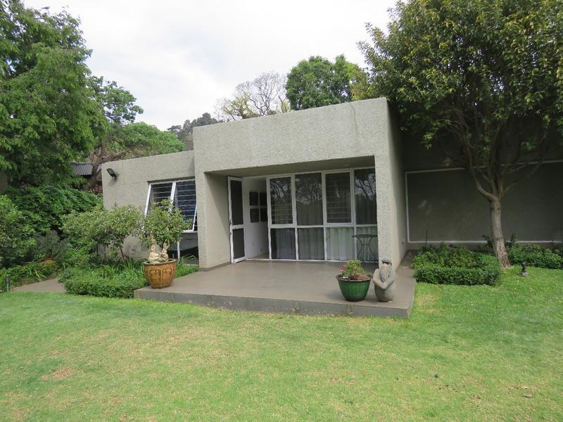 Property For Rent in Westcliff, Johannesburg 8