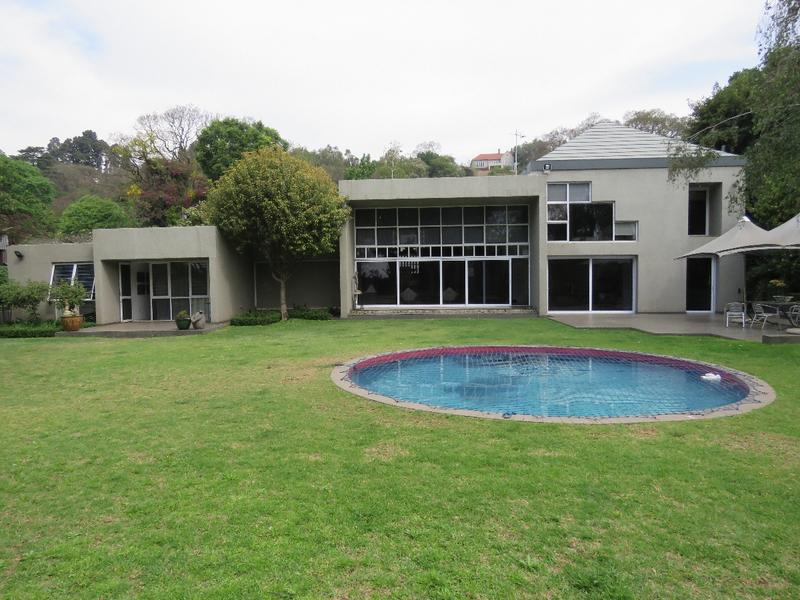 Property For Rent in Westcliff, Johannesburg 9