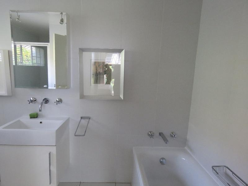 Property For Rent in Westcliff, Johannesburg 10