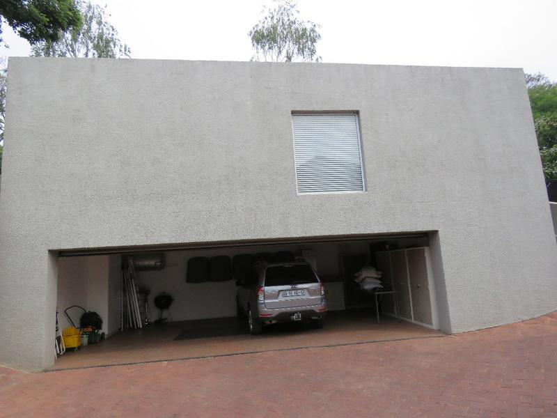 Property For Rent in Westcliff, Johannesburg 18