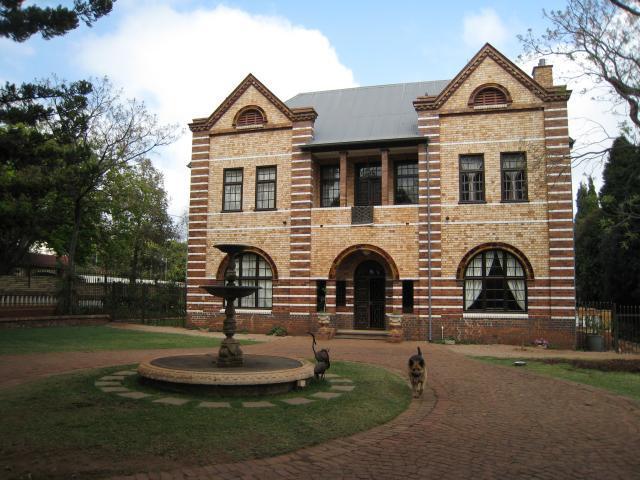 Property For Sale in Houghton Estate, Johannesburg 2