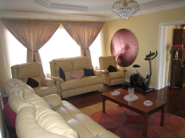 Property For Sale in Emmarentia, Johannesburg 2