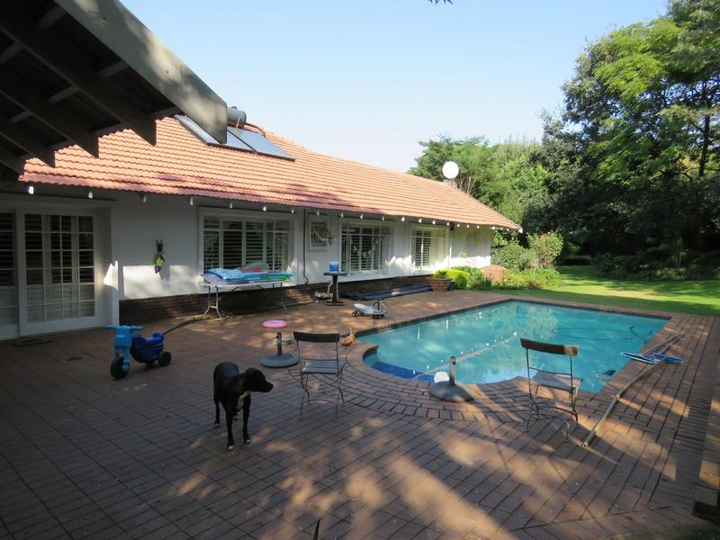 Property For Sale in Linden, Johannesburg 19