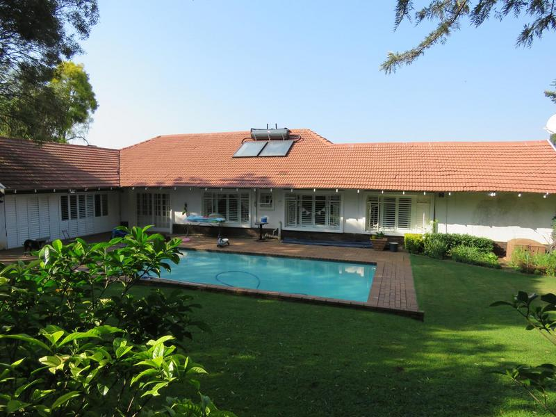 Property For Sale in Linden, Johannesburg 21