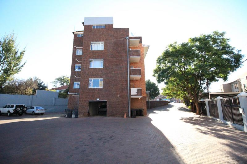 Property For Sale in Linden, Johannesburg 3