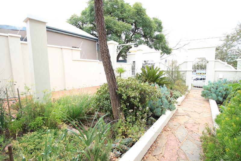 Property For Rent in Melville, Johannesburg 3