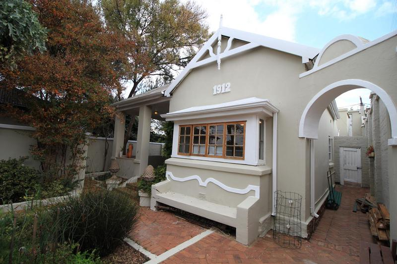 Property For Rent in Melville, Johannesburg 4