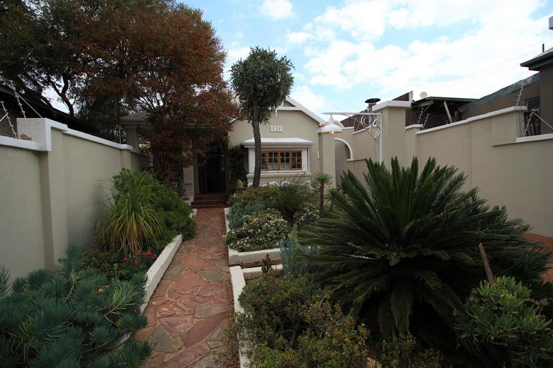 Property For Rent in Melville, Johannesburg 5