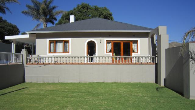 Property For Sale in Parktown West, Johannesburg 3