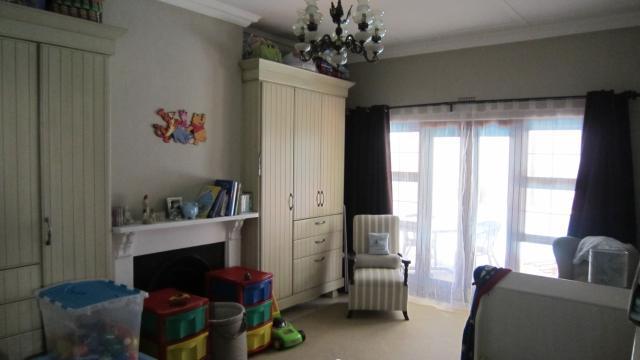 Property For Sale in Parktown West, Johannesburg 8