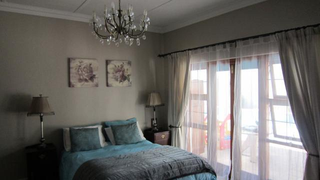 Property For Sale in Parktown West, Johannesburg 11