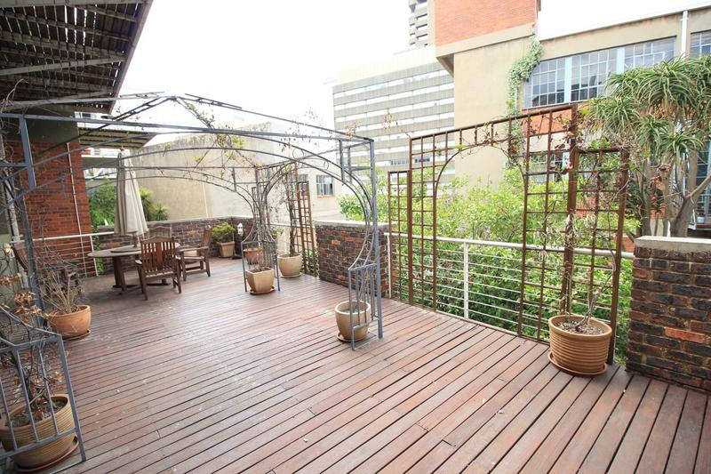 Property For Sale in Milpark, Johannesburg 12