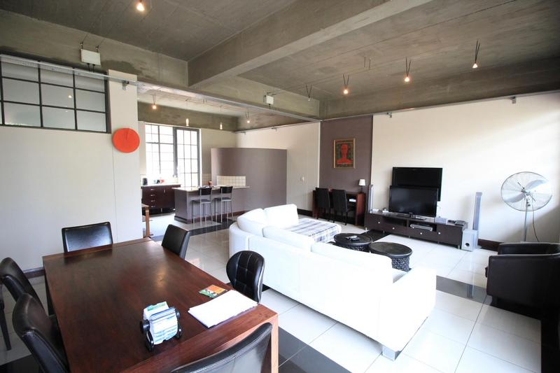 Property For Sale in Milpark, Johannesburg 9
