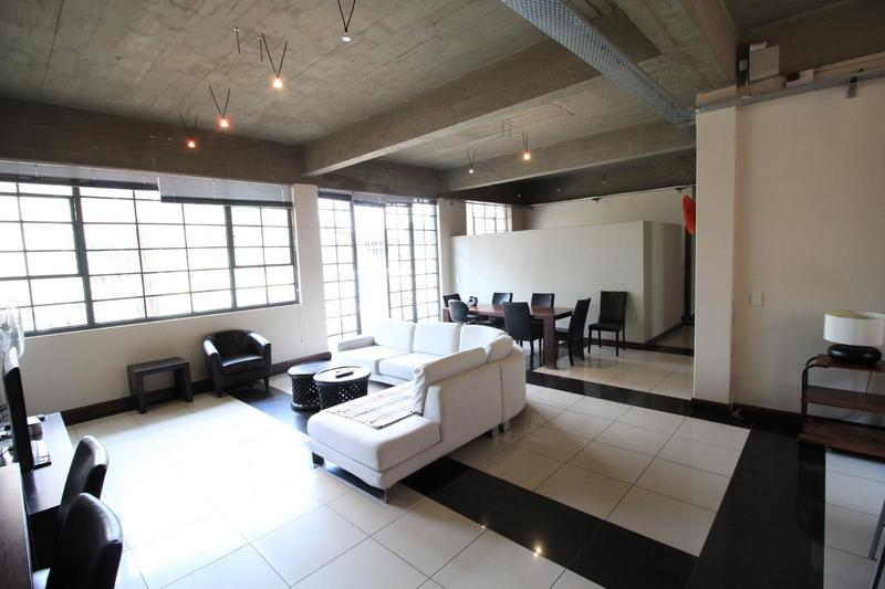 Property For Sale in Milpark, Johannesburg 15