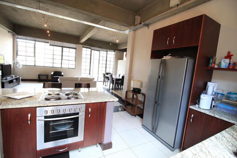 Property For Sale in Milpark, Johannesburg 11