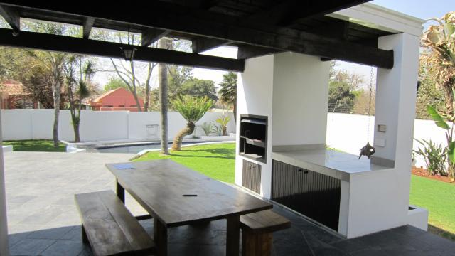 Property For Sale in Illovo, Sandton 6