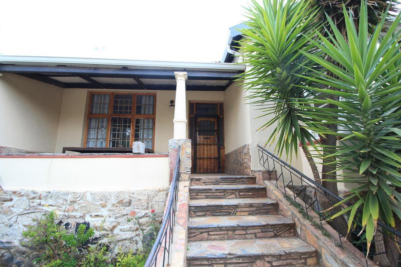 Property For Rent in Melville, Johannesburg 14