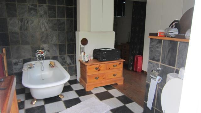 Property For Sale in Greenside, Johannesburg 7