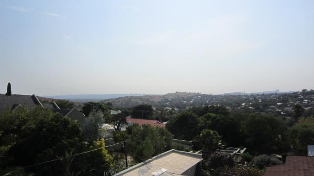 Property For Sale in Westdene, Johannesburg 8