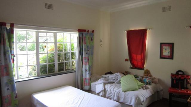Property For Sale in Greenside, Johannesburg 10