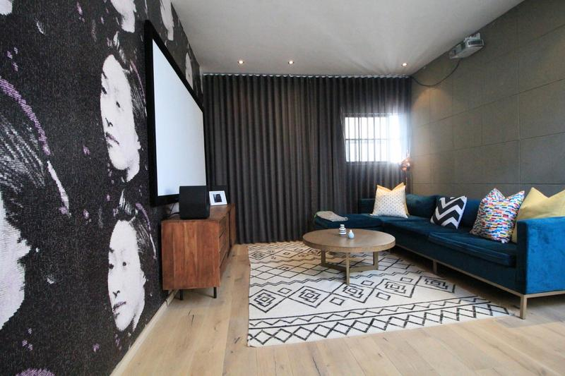 Property For Sale in Milpark, Johannesburg 17