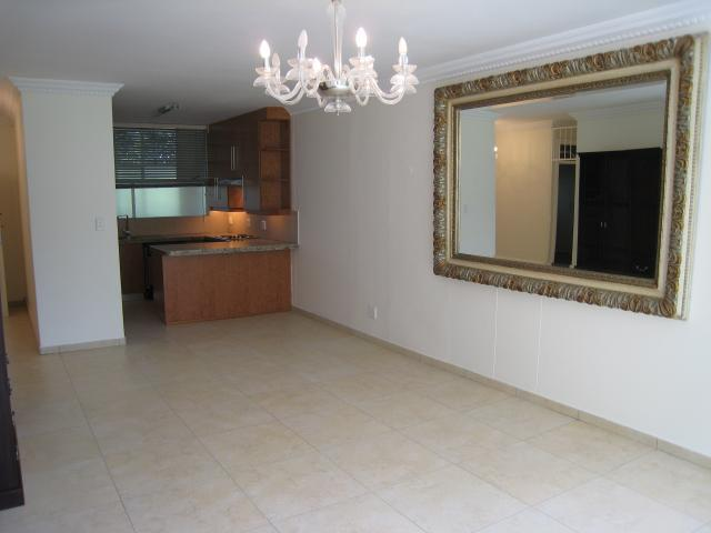 Apartment / Flat For Sale in Hyde Park, Sandton